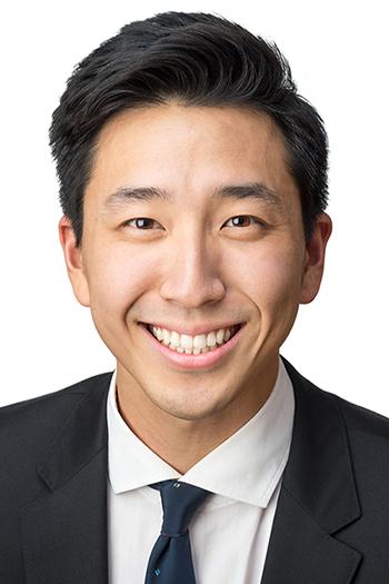 Justin Lee Awarded Fellowship